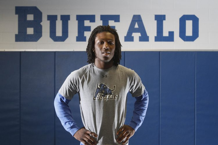 Former UB wrestler Desmond Green added to UFC 210 card