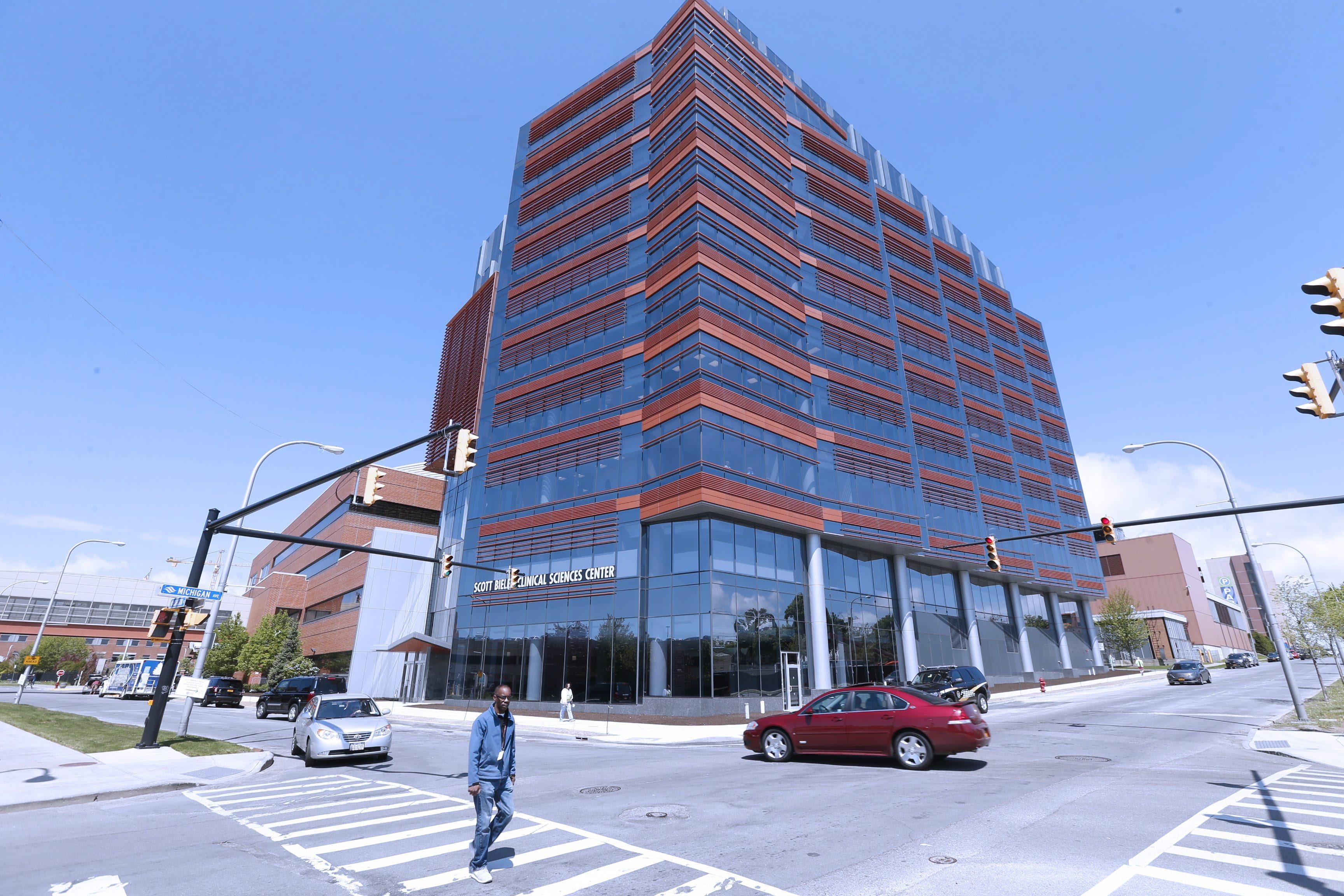 Scott Bieler Clinical Sciences Center on the Roswell Park Cancer Institute campus.  (Robert Kirkham/Buffalo News)