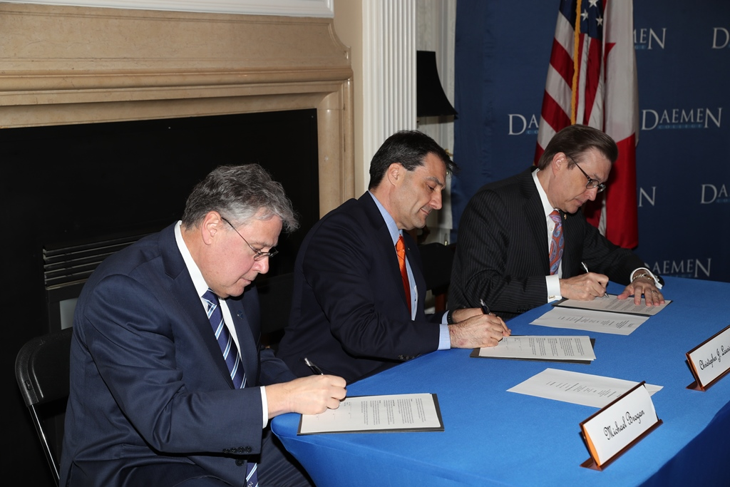 Daemen College and Park School officials sign a new partnership agreement. (Photo courtest of Daemen College)