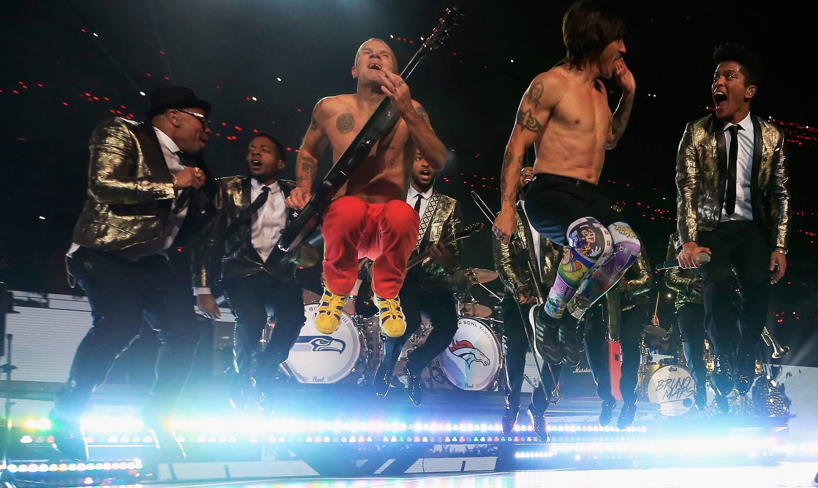 Flea (left) and Anthony Kiedis of the Red Hot Chili Peppers, with Bruno Mars at the Super Bowl XLVIII Halftime Show in 2014. (Getty Images)