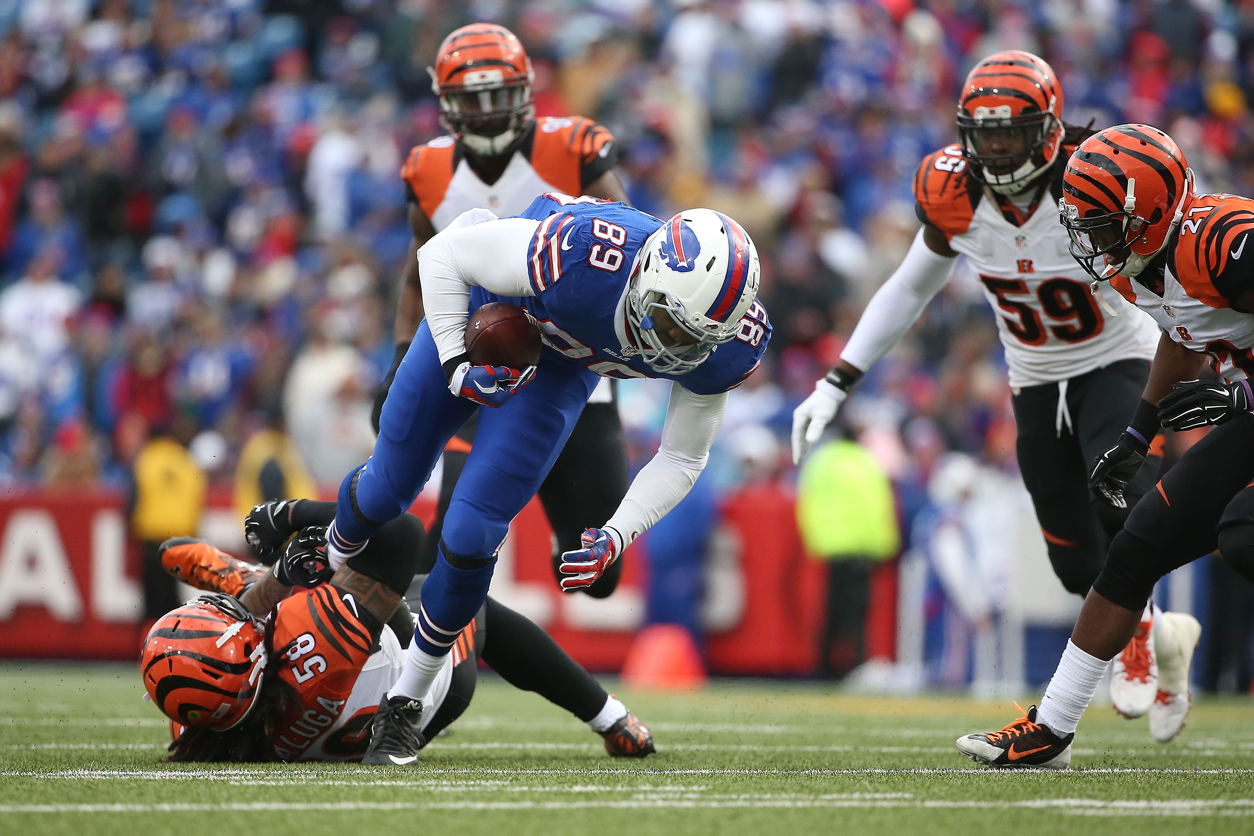 Chris Gragg missed all of 2016 for the Buffalo Bills because of a knee injury. (Getty Images)