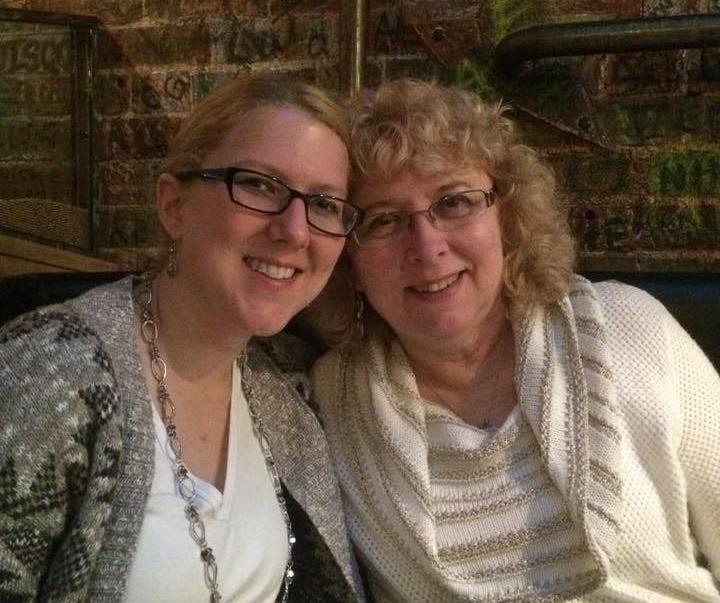 Jill Hohl and her mother, Karen Wielinski