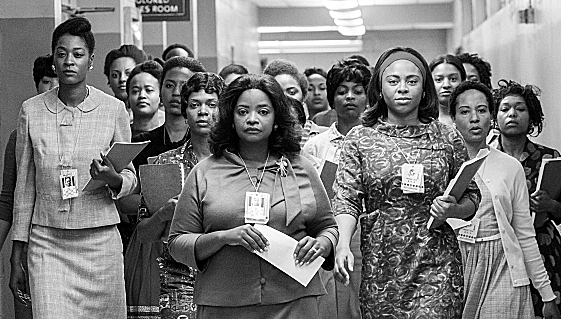 HF-228 – Octavia Spencer stars as Dorothy Vaughan in HIDDEN FIGURES. Photo Credit: Hopper Stone.