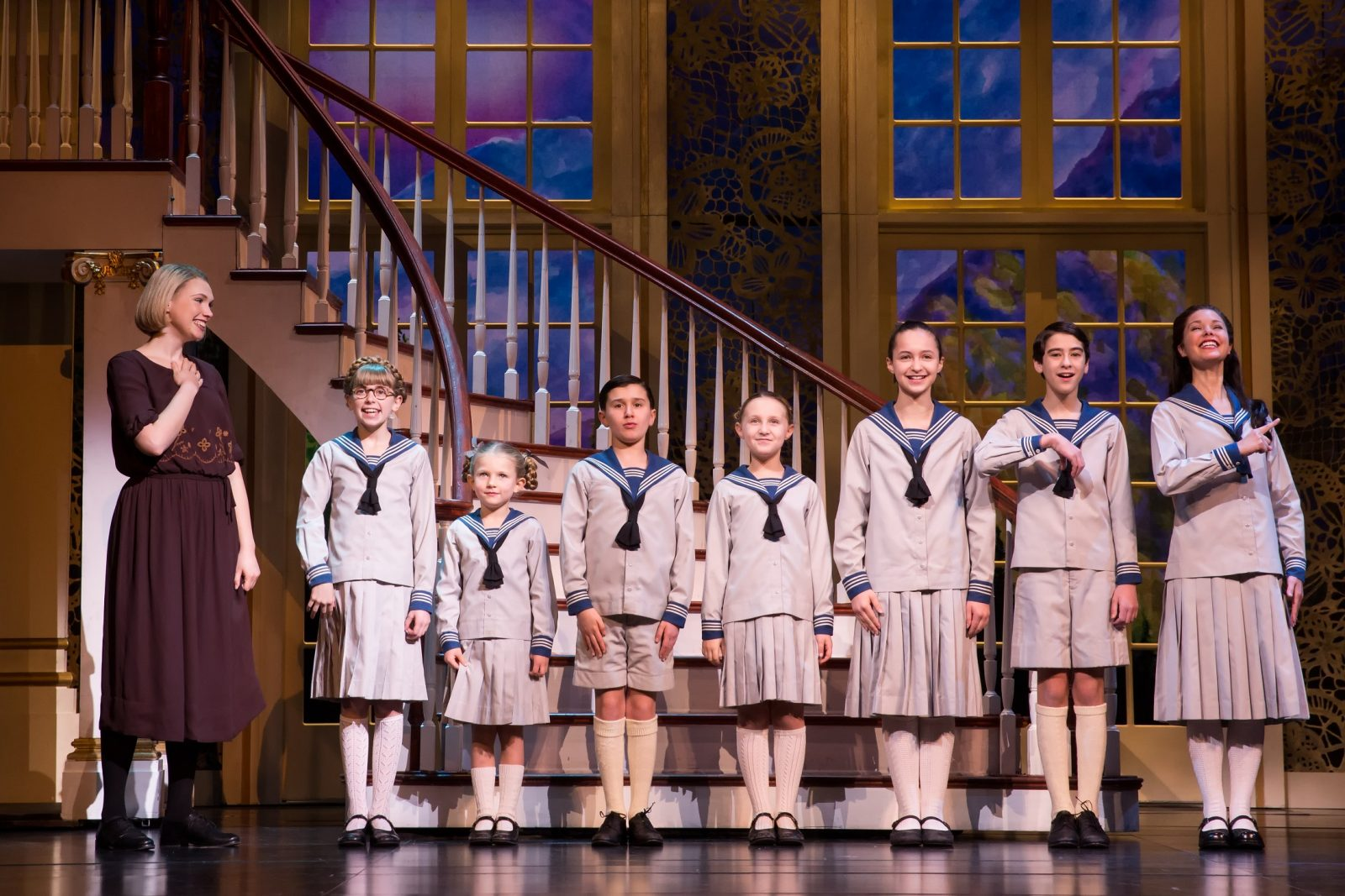 "A splendid touring production of ""The Sound of Music"" is at Shea's Performing Arts Center."