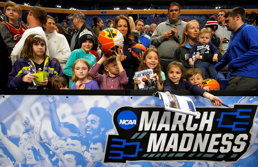 NCAA fans gather for first round tournament practice at the KeyBank Center Wednesday. Buffalo offers a variety of wonders close to downtown for NCAA visitors. (Harry Scull Jr./Buffalo News)