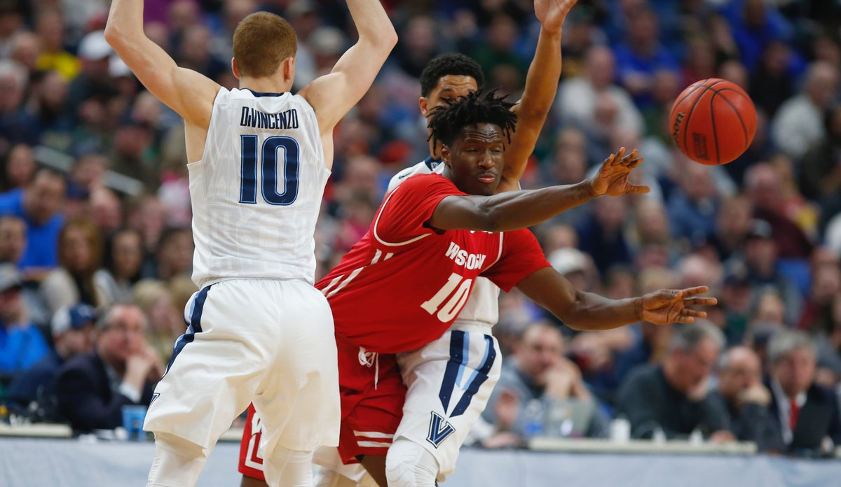 Wisconsin's Nigel Hayes vs. Villanova. (Harry Scull Jr./Buffalo News)