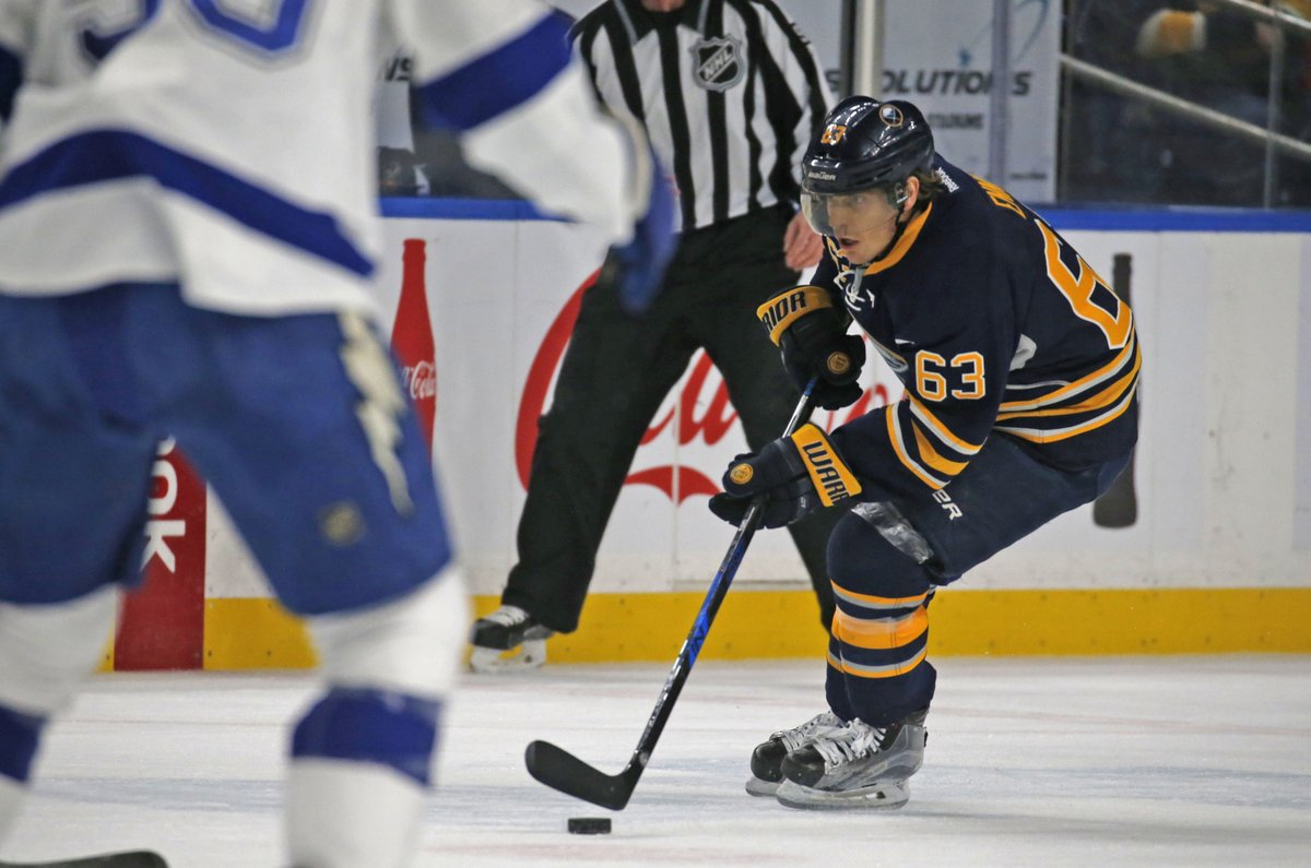 Tyler Ennis works the puck Saturday against Tampa Bay (Robert Kirkham/Buffalo News).