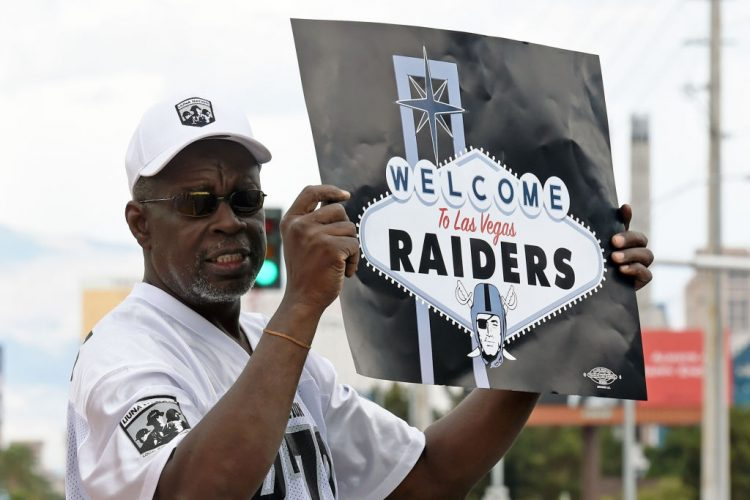 Vic Carucci's Bills Wake-Up Call: Raiders' move another reminder of what might have been