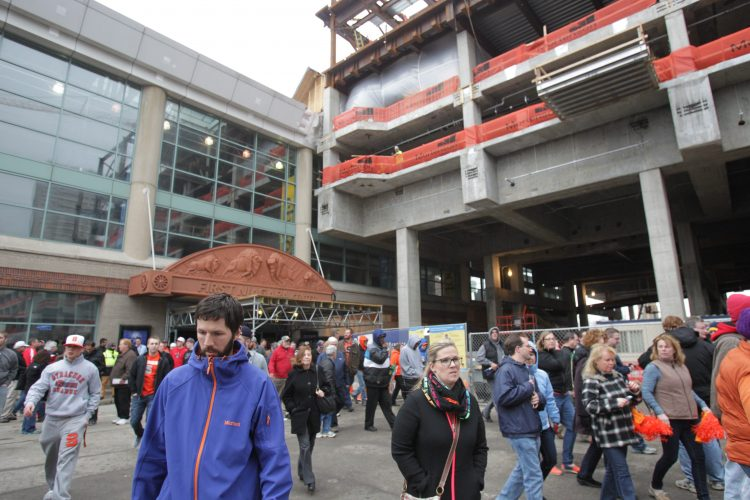 NCAA basketball fans will get 90-minute windows to leave the arena and find meals. Buffalo's challenge: How to help them do that quickly and easily. (Sharon Cantillon/News file photo)