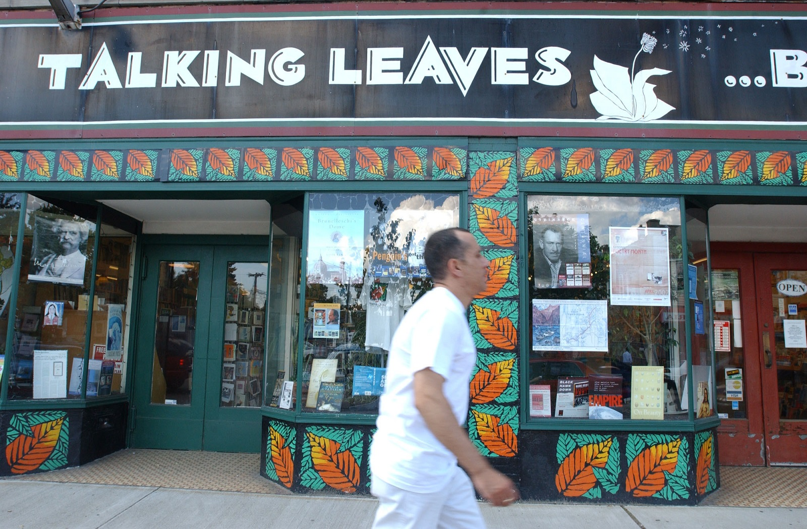 Talking Leaves Books on Main Street in Buffalo is closing.  (Sharon Cantillon/Buffalo News)