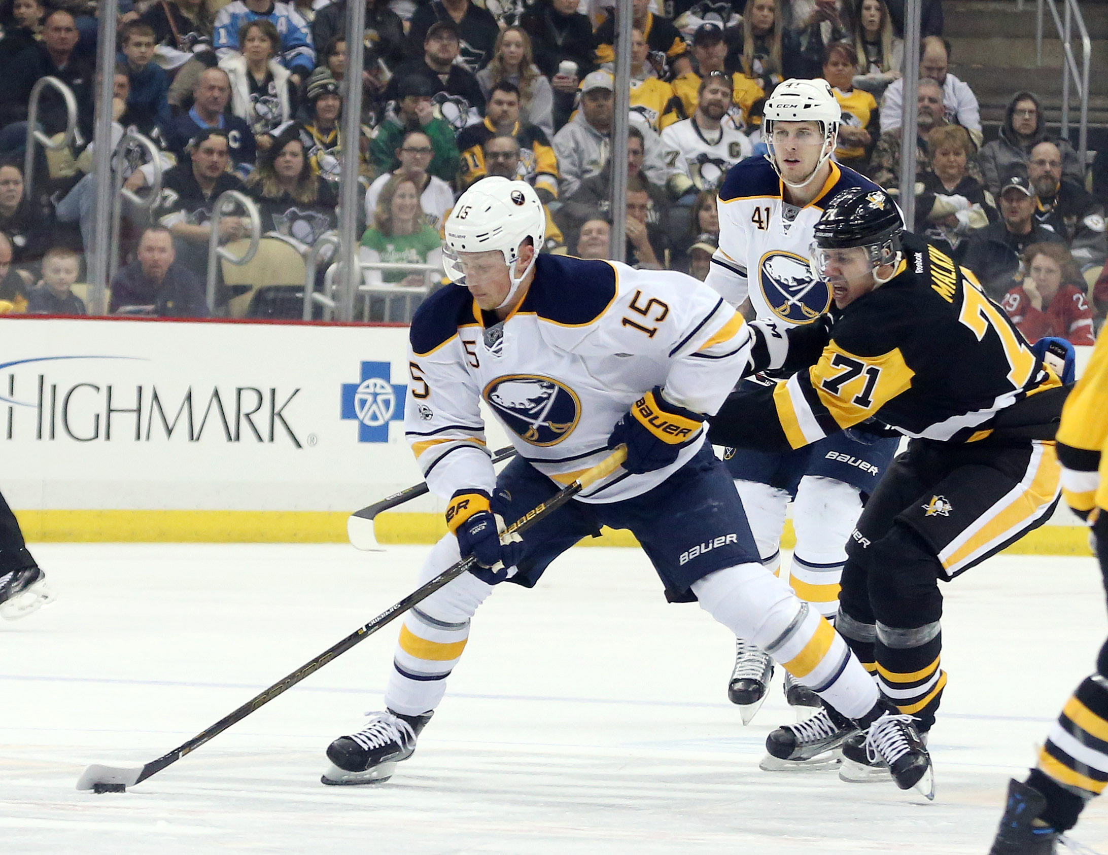 The Sabres' Jack Eichel and the Penguins' Evgeni Malkin both scored Sunday. (USA TODAY Sports)