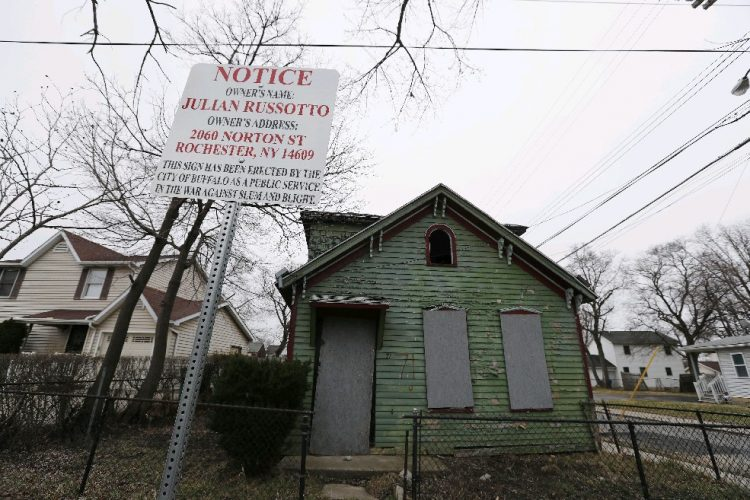 City eyes public database to shame owners of dilapidated properties