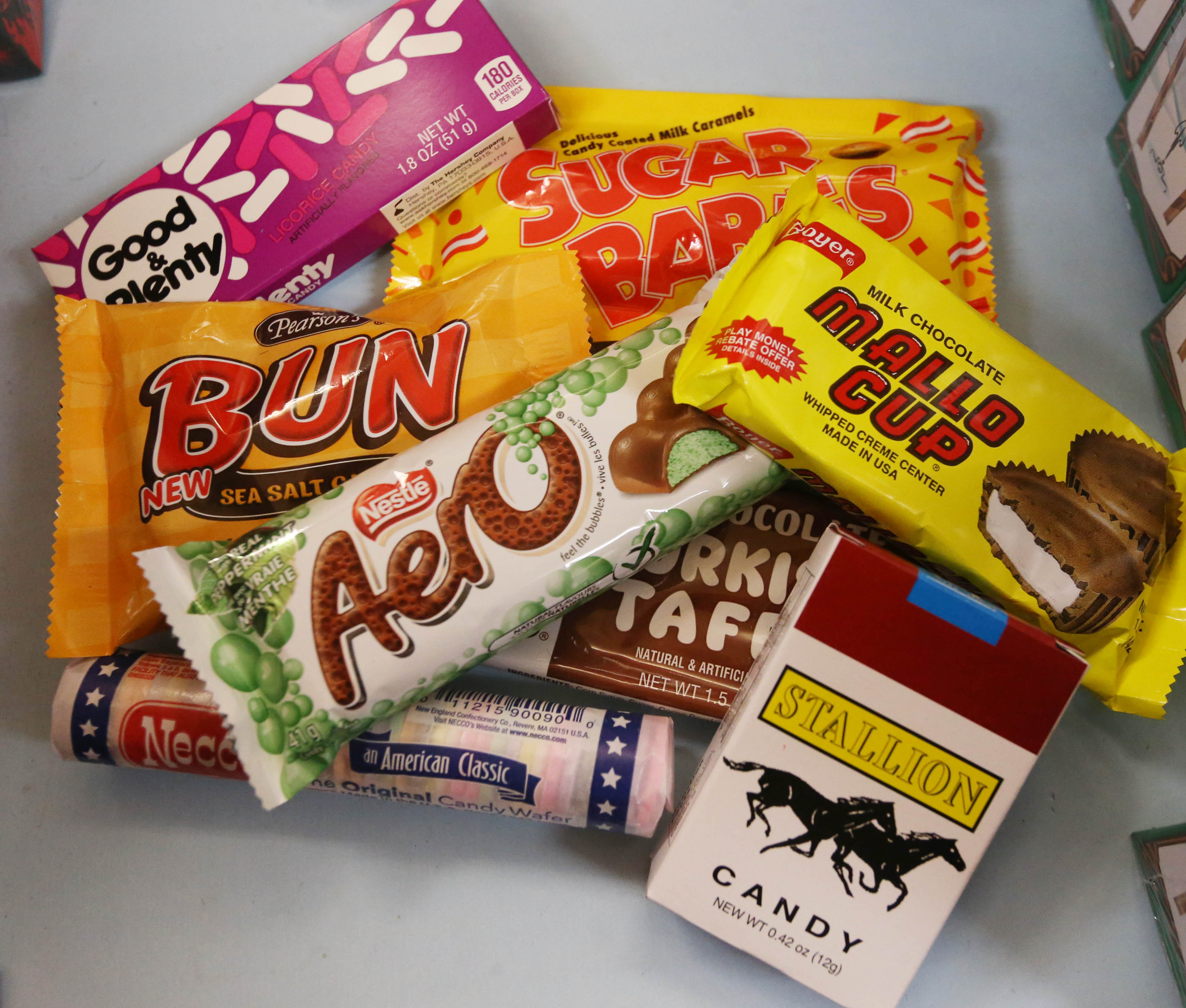 Dentists hope to collect more than 6,000 pounds of candy on Wednesday to send to troops.  (Sharon Cantillon/News file photo)