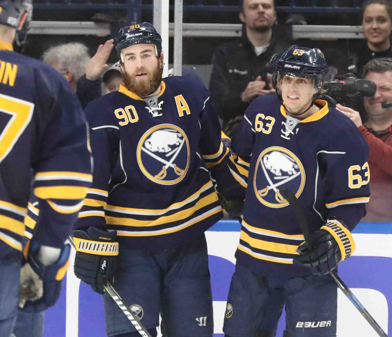 Ryan O'Reilly (90) says he needs to be a better leader for Tyler Ennis and the rest of the Sabres. (James P. McCoy/Buffalo News)