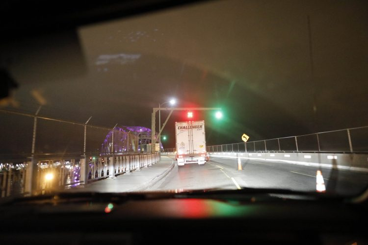 Peace Bridge expects to reopen third lane around May 15