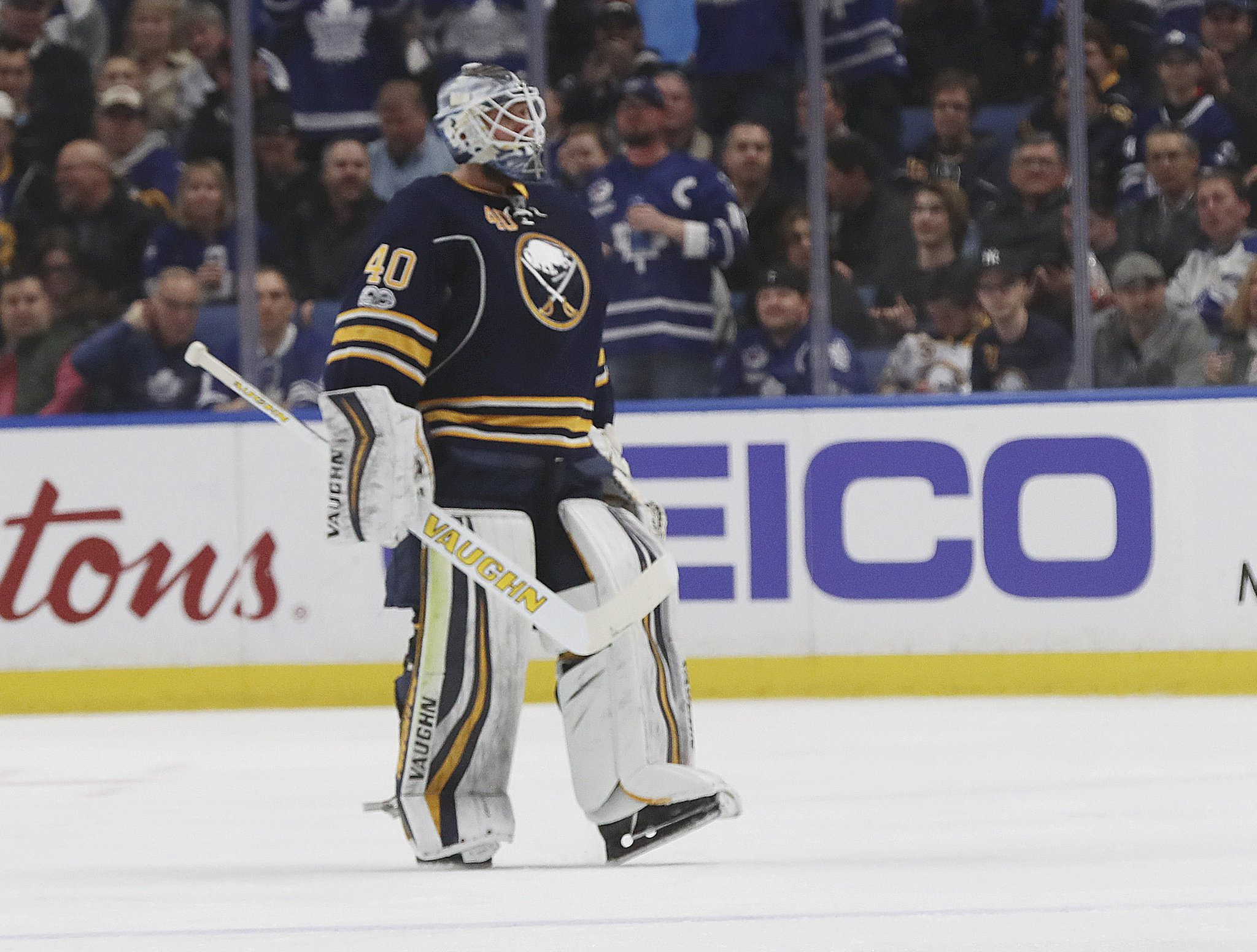 Sabres goaltender Robin Lehner heads toward the locker room after getting pulled 5:09 into the game. (James P. McCoy/Buffalo News)