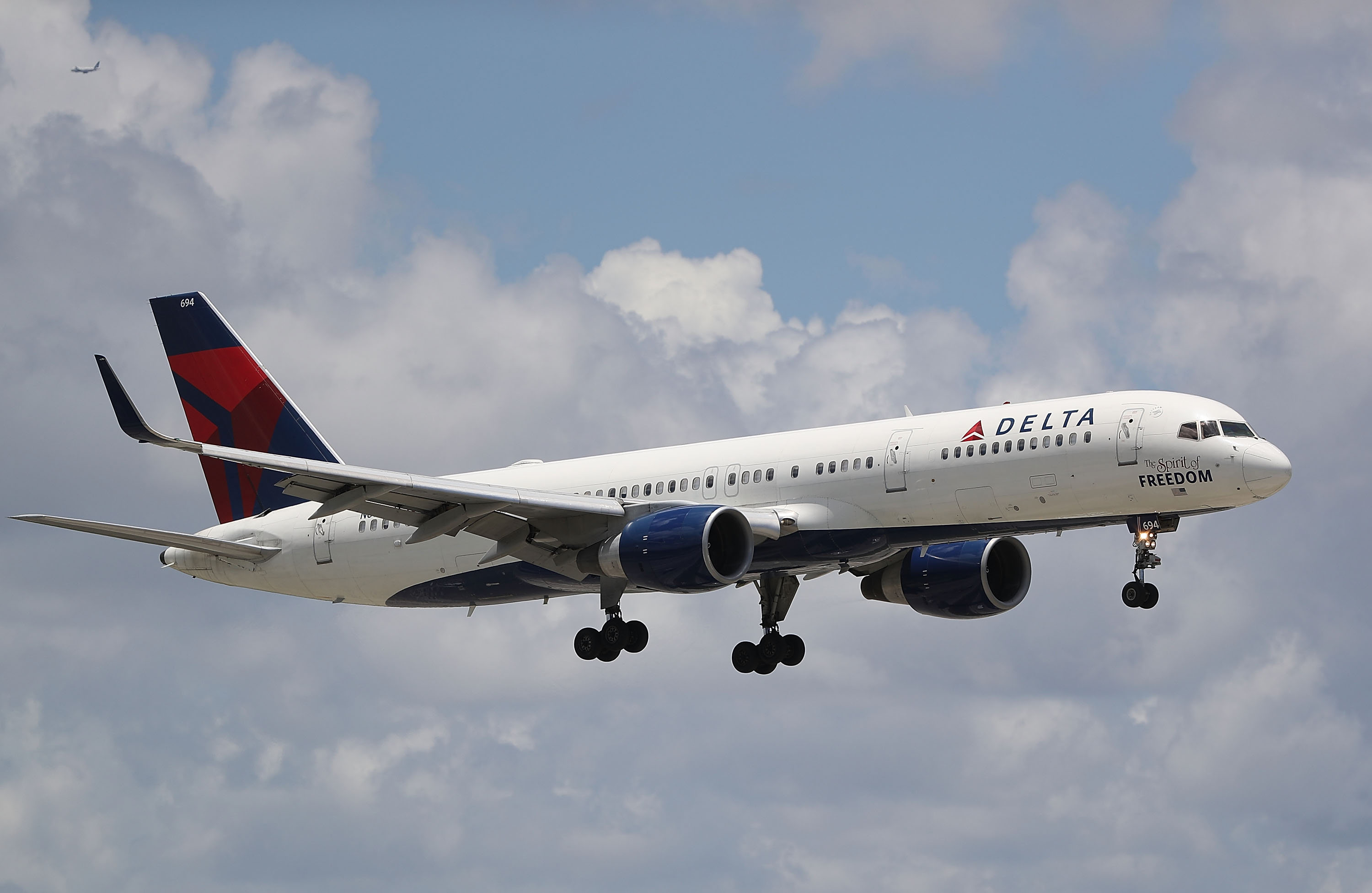 No one was hurt when a Delta flight was struck by lightning Thursday afternoon and had to return to the Buffalo Niagara International Airport. (Getty Images)
