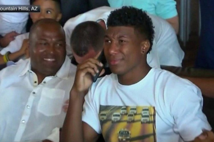 Zay Jones drafted by Bills ... while wearing O.J. Simpson-inspired T-shirt
