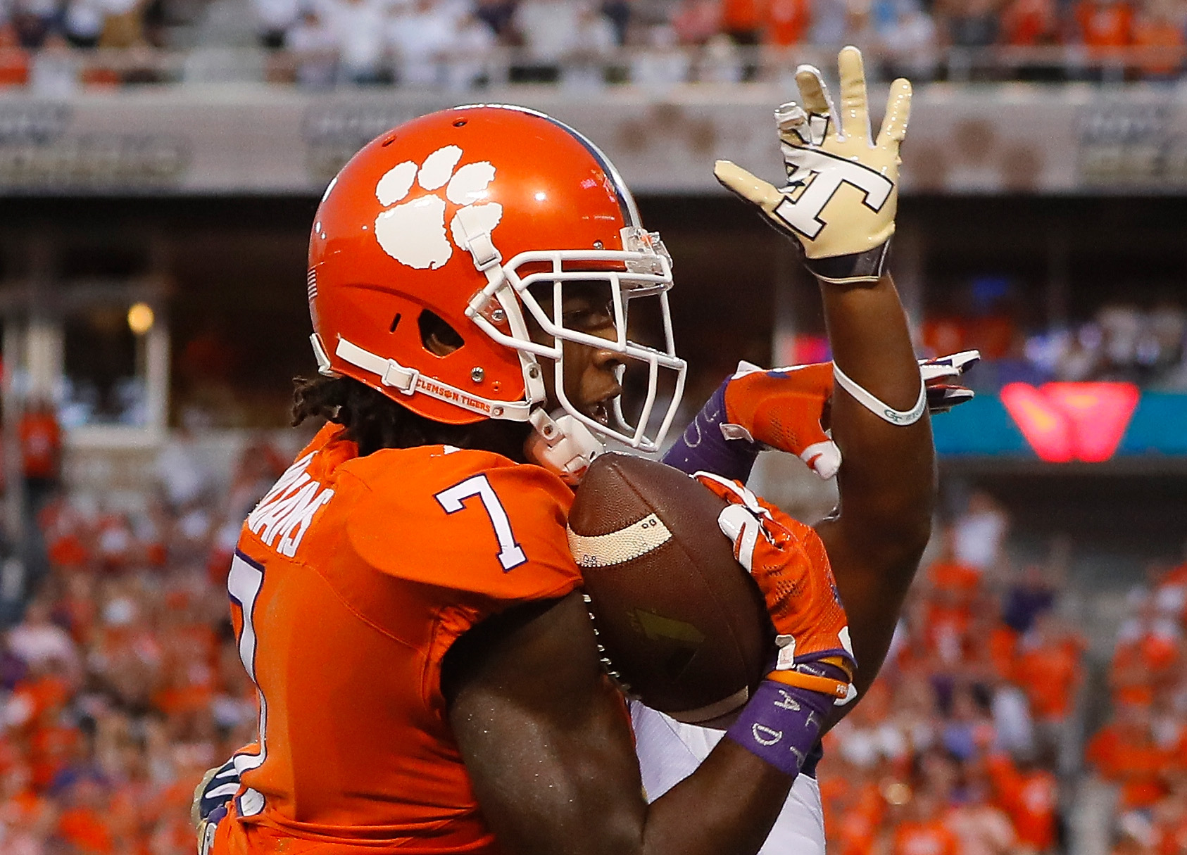 Clemson's Mike Williams overcame a neck injury suffered in 2015 to become one of the best receivers in college football last year. (Getty Images)