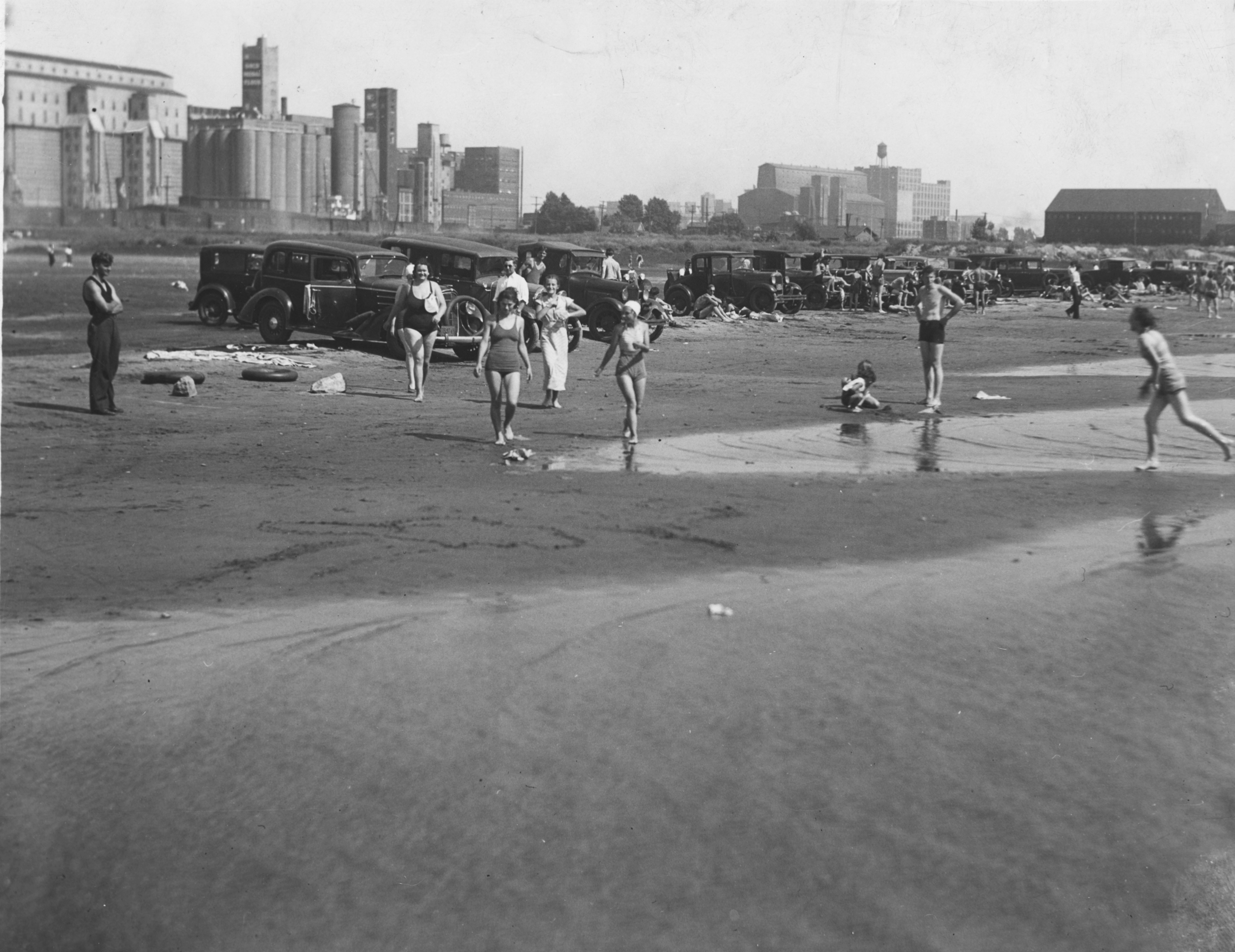 Beachgoers along the shores of Lake Erie were once a common scene at the Outer Harbor. (Photo courtesy of the Wilbur Porterfield Collection, Buffalo History Museum)
