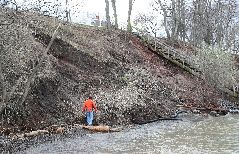 Rep. Collins, Niagara County officials inspect property damage along lakeshore