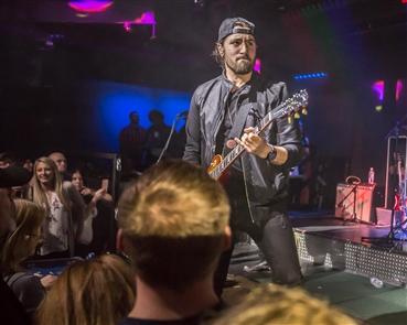 Eric Van Houten performs at Venu