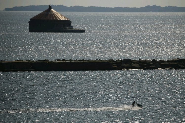 The city of Buffalo water intake at the mouth of Lake Erie. (Derek Gee/Buffalo News)