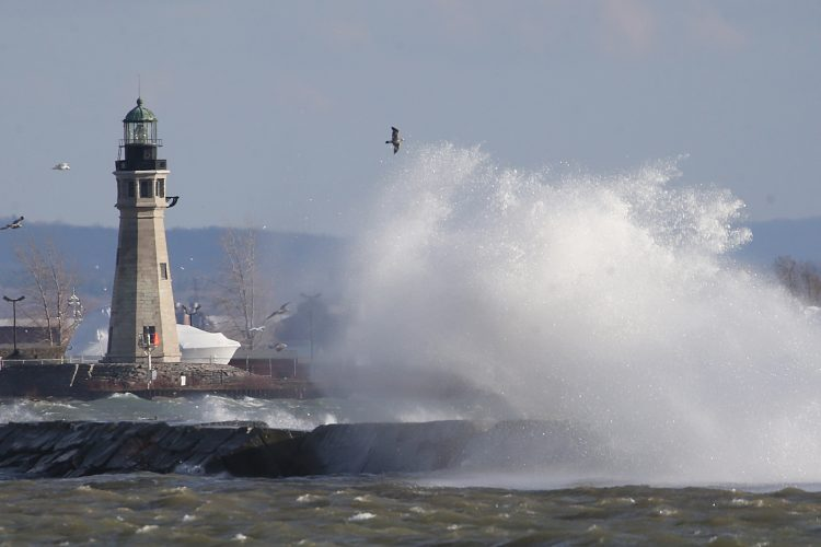 Scientists want a tsunami warning system - for Lake Erie