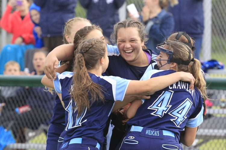Newcomer Medina will face battle-tested Depew for Class B softball title