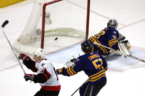 Ottawa's Daniel Alfredsson beats Ryan Miller in overtime to eliminate the Sabres from the Eastern Conference final on May 19, 2007 (Getty Images).