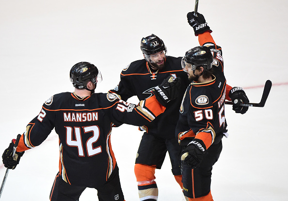 Antoine Vermette (50) of the Ducks celebrates his empty-net goal that clinched Game Two vs. Nashville along with Josh Manson (42) and Ryan Kesler (Getty Images).