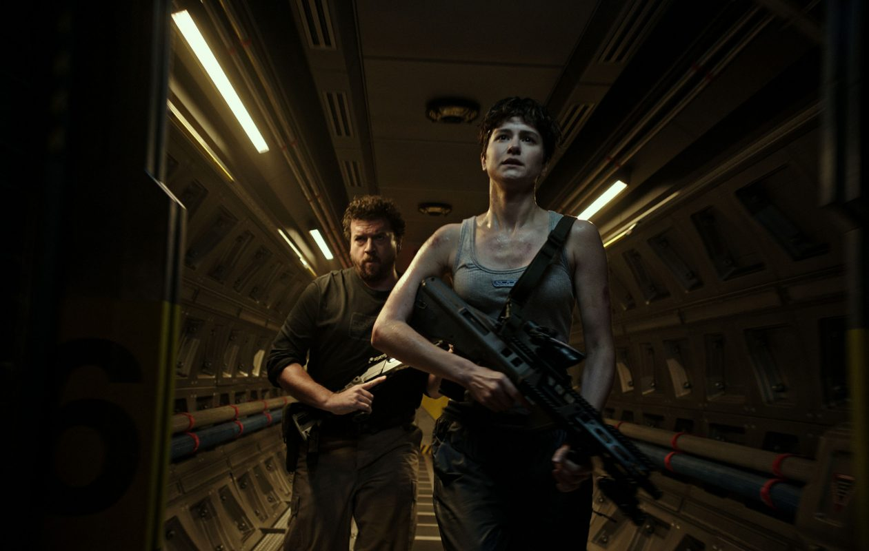 Danny McBride (Tennessee) and Katherine Waterston (Daniels) star in 'Alien: Covenant.' (Twentieth Century Fox)
