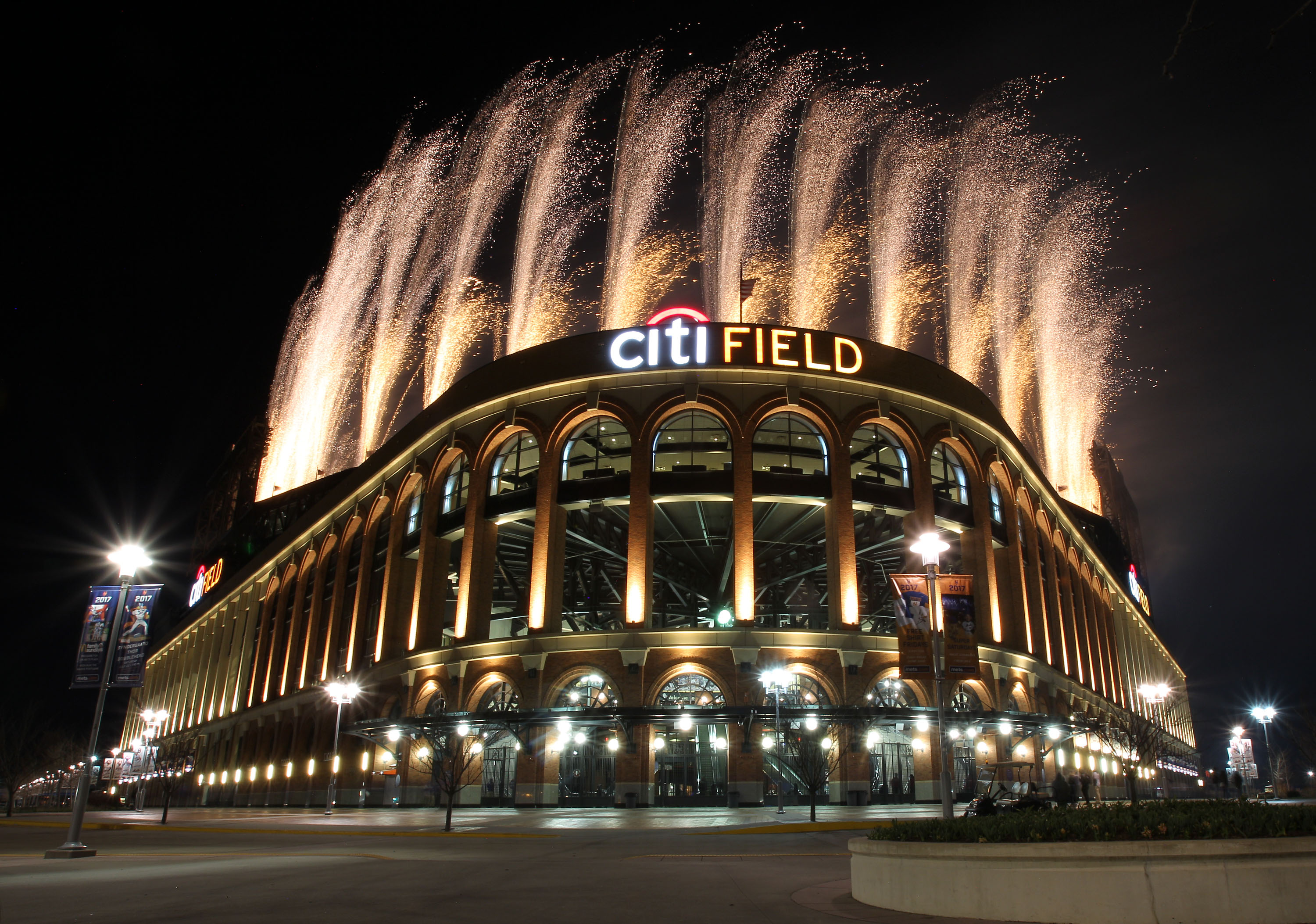 "The Sabres will play a ""home game"" against the Rangers on Jan. 1 in the New York Mets' stadium. (Getty Images)"