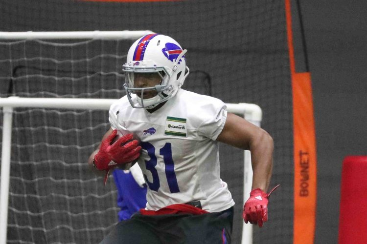Jonathan Williams gets a small taste of what it will be like as Bills' No. 2 running back