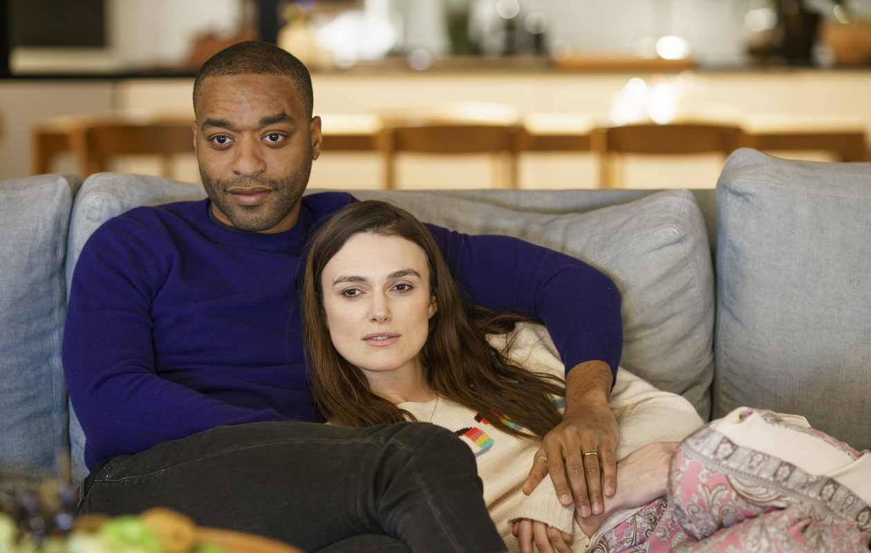 Chiwetel Ejiofor and Keira Knightley reprise their roles from 'Love Actually' for 'Red Nose Day Actually.' (Photo by: Nick Briggs/Comic Relief)