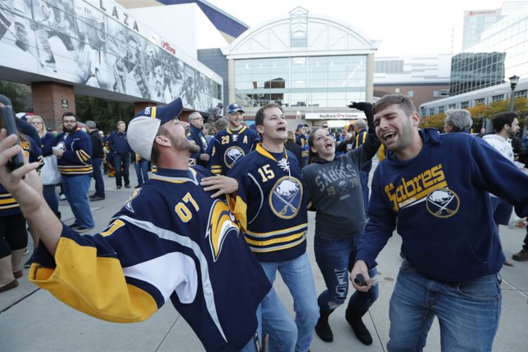 Sabres increase season-ticket prices again for 2017-18
