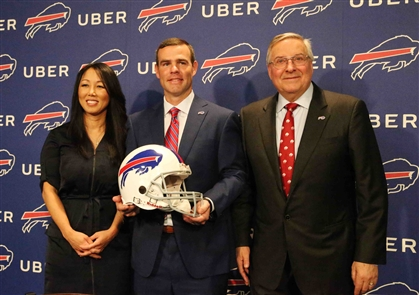The Pegulas introduce new Bills GM Brandon Beane