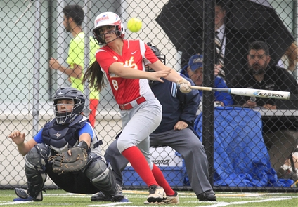 Softball: Williamsville East beats Williamsville South 11-2