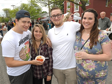 Smiles at A Taste of Lewiston
