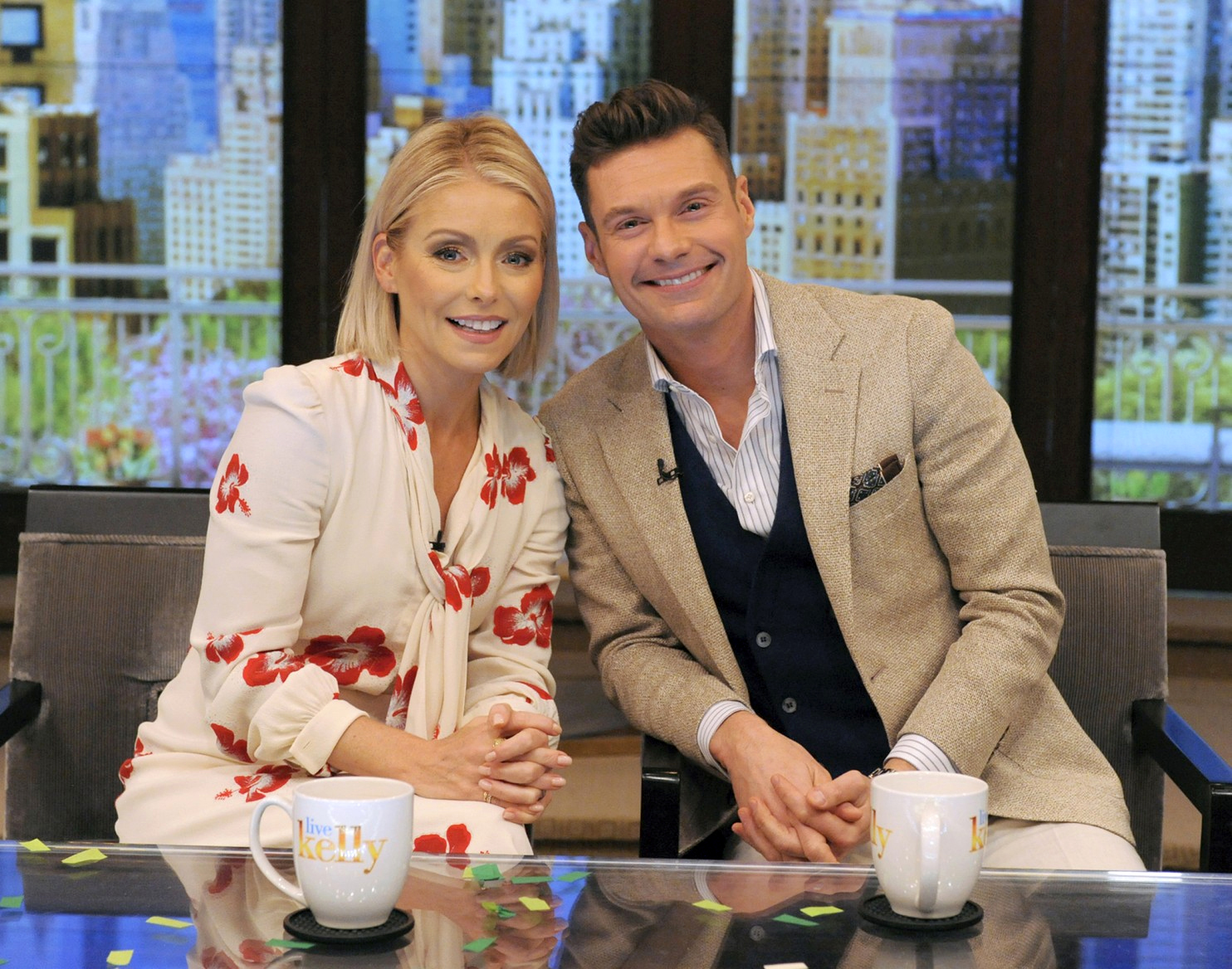 Kelly Ripa and Ryan Seacrest are bringing their morning show to Niagara Falls, Ont. (Pawel Kaminski, Disney-ABC Home Entertainment and TV Distribution)