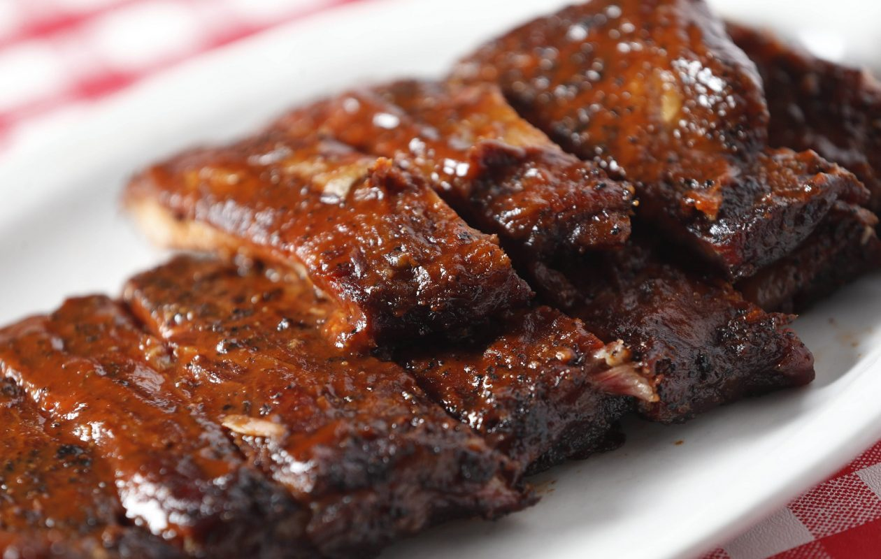 Kentucky Greg's Hickory Pit at 2186 George Urban Blvd. in Depew offers the Full Rack St. Louis Cut Ribs, which are dry-rubbed and hickory smoked for three hours and come with two sides and Texas toast. (Sharon Cantillon/Buffalo News)