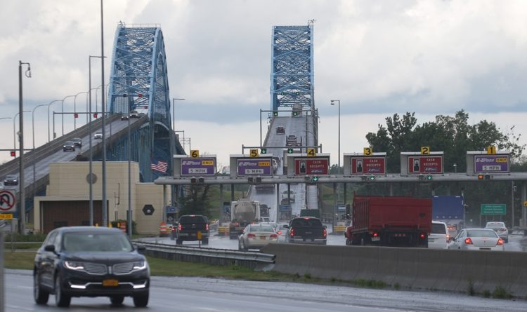 'Cashless tolling' coming to bridges, Island supervisor says