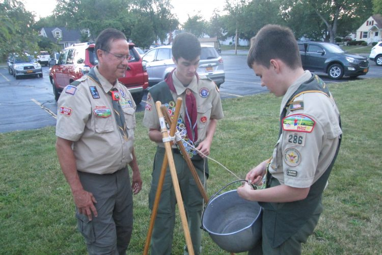 Scoutmaster stepping down after 20 years as Tonawanda troop's leader
