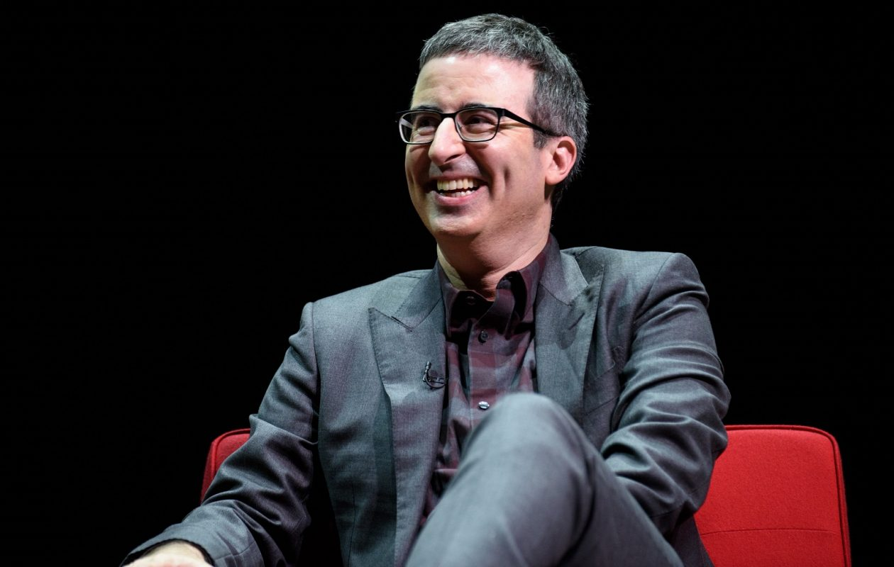 English comedian and political commentator John Oliver divulged a secret from CBS' '60 Minutes.' Oliver hosts HBO show 'Last Week Tonight,' a favorite of Pergament's. (Getty Images)