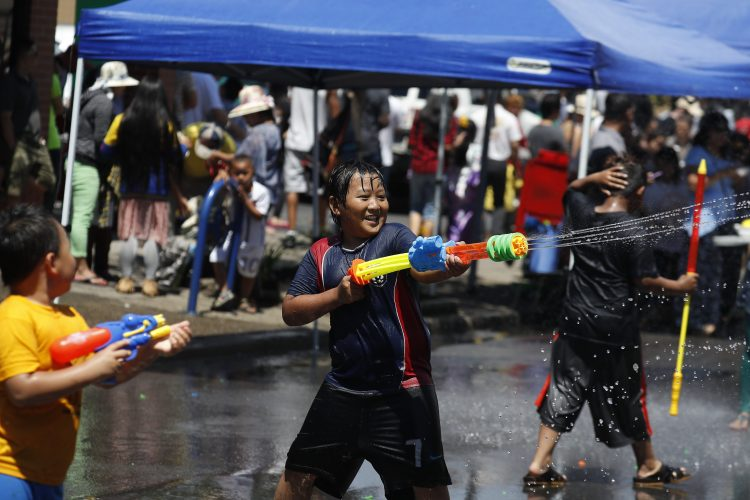 Weather-friendly New Year comes in with a splash