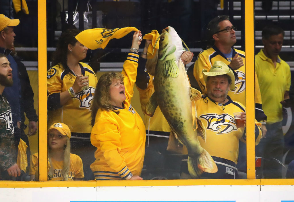 The raucous Bridgestone Arena fans will try to again spur the Predators to victory tonight