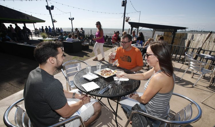 10 places to enjoy Buffalo's fleeting patio season