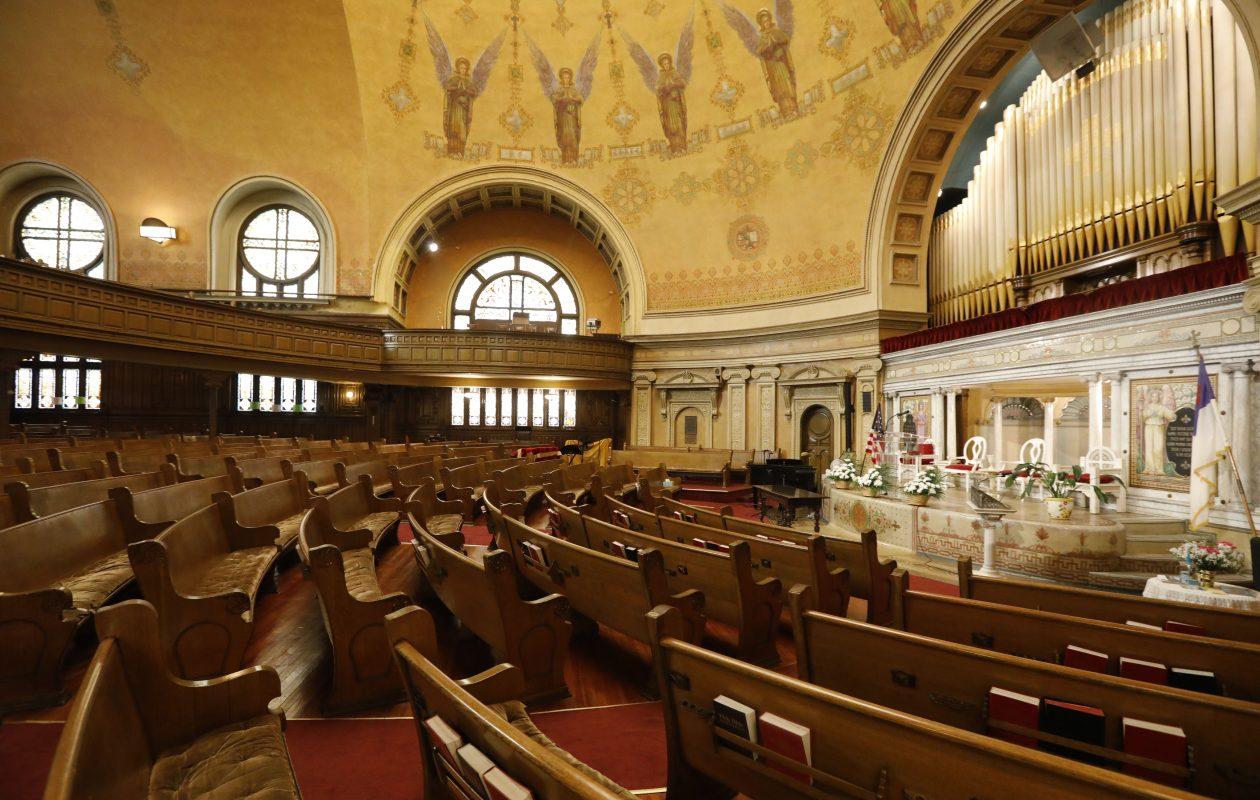 The sanctuary in the Delaware Avenue Baptist Church.  (Derek Gee/Buffalo News)