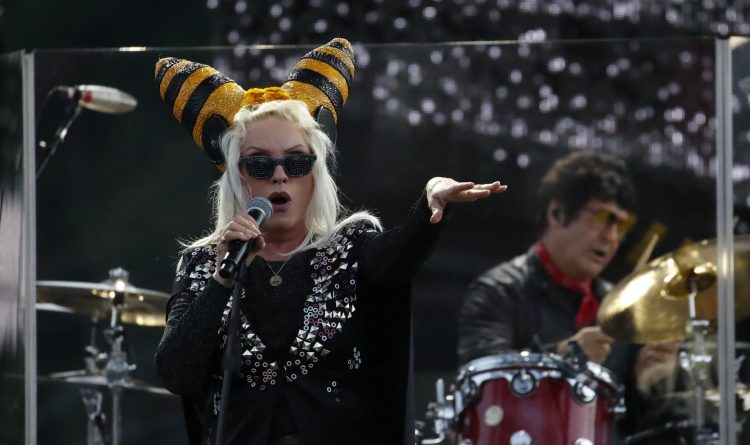 Blondie and Garbage show they're timeless provocateurs at Artpark show