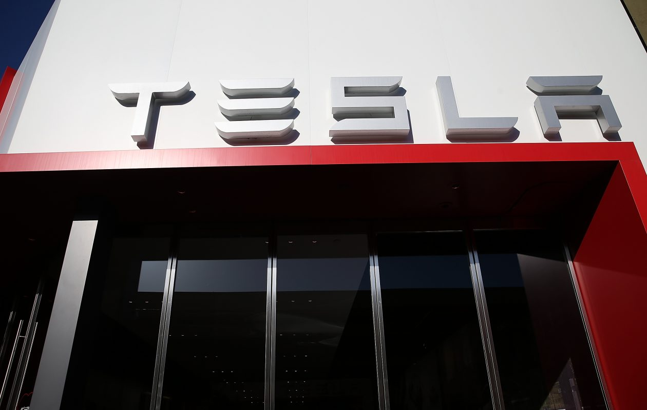 New York law limits Tesla to just five stores in New York, and all of them are downstate. Tesla is advocating for more. The state should quickly agree. (Getty Images)